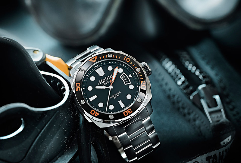 Alpina Extreme Diver 300 Automatic Orange Steel Watch