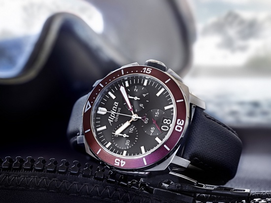 Alpina Seastrong Diver 300 Big Date Watch Bordeaux Bezel