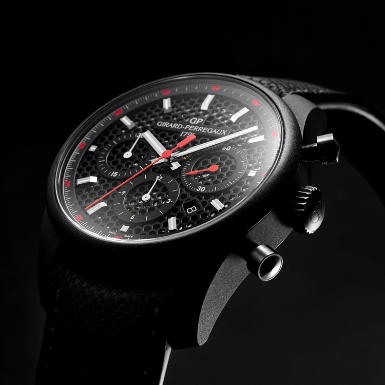 Girard-Perregaux Circuito Chronograph Watch Profile