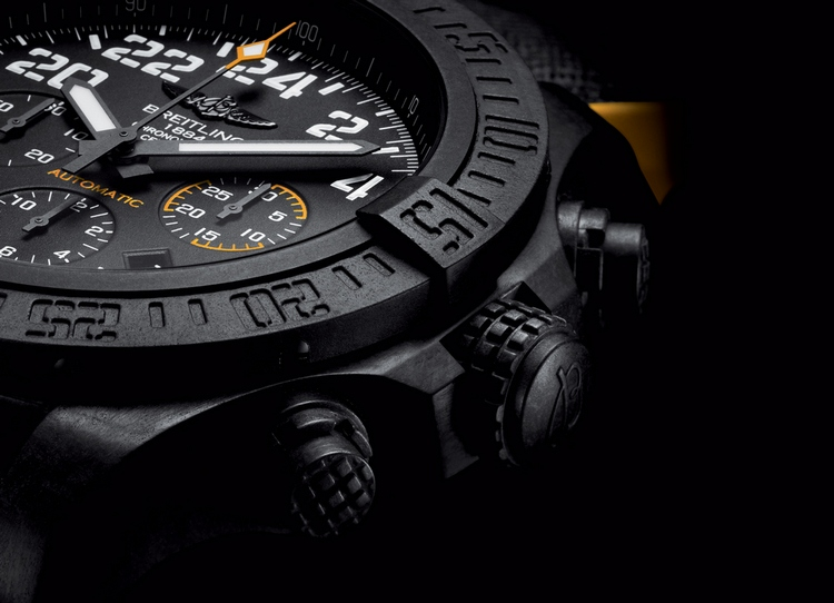 Breitling Avenger Hurricane Watch Detail