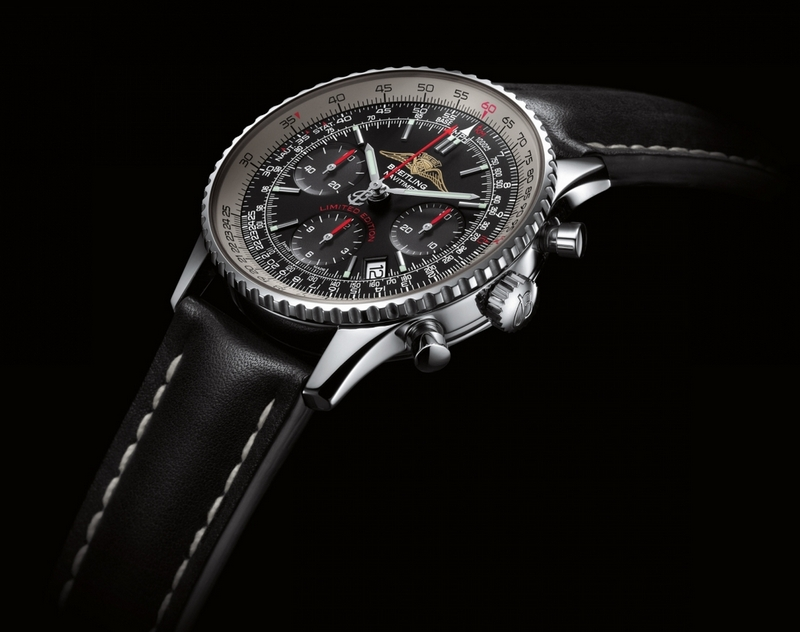 Breitling Navitimer AOPA Lether Strap Watch Side View