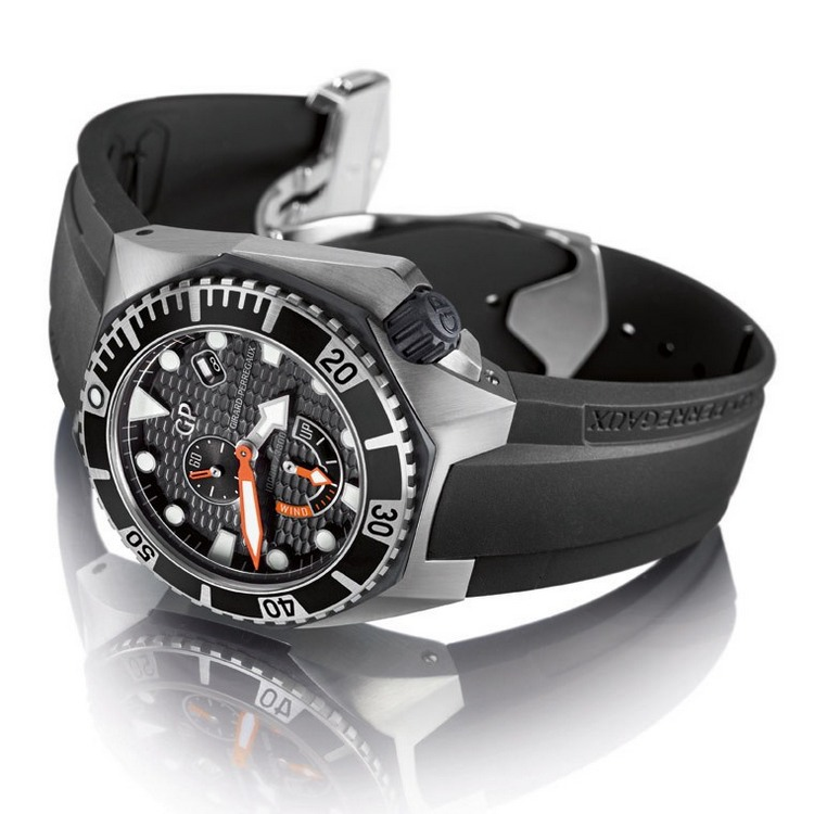 Girard-Perregaux Sea Hawk Rubber Bezel Watch