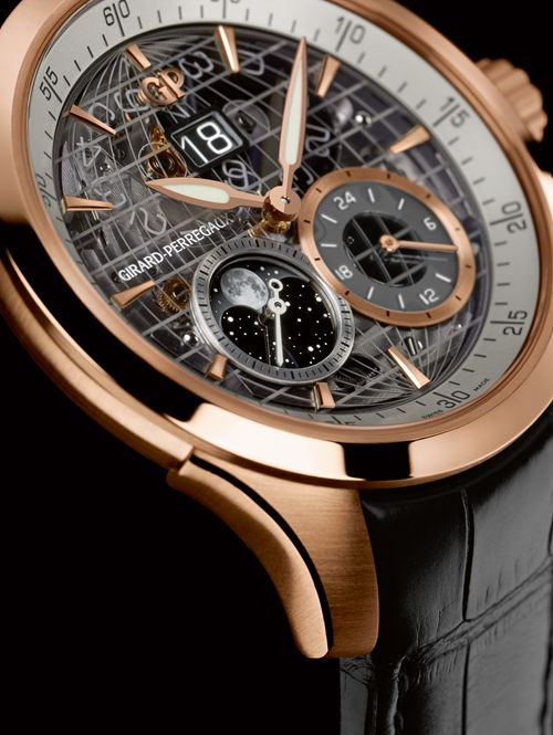 Girard-Perregaux Traveller Large Date, Moon Phases & GMT Rose Gold Watch Dial