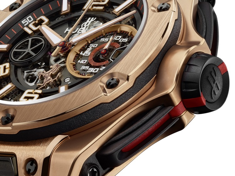 Hublot Big Bang Ferrari King Gold Watch Detail