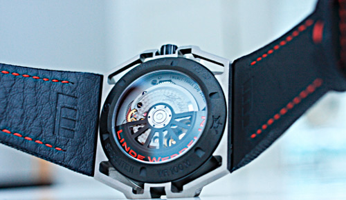 Linde Werdelin Spidolite II Titanium Red Watch Back