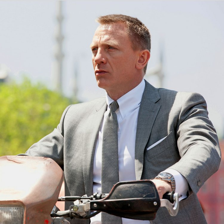 Daniel Craig James Bond Watch Skyfall Omega Planet Ocean