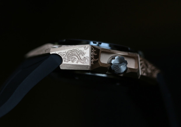 Linde Werdelin Oktopus Moon Tattoo Watch Profile