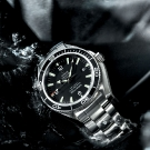 omega-seamaster-planet-ocean-600m-watch-2