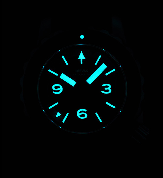 Dievas Maya 1888m Watch Nightvision